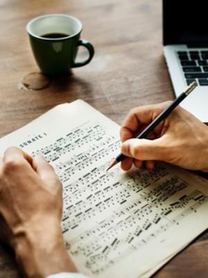 Compositeur et chef d'orchestre