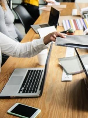 Commis au traitement des demandes d'assurance
